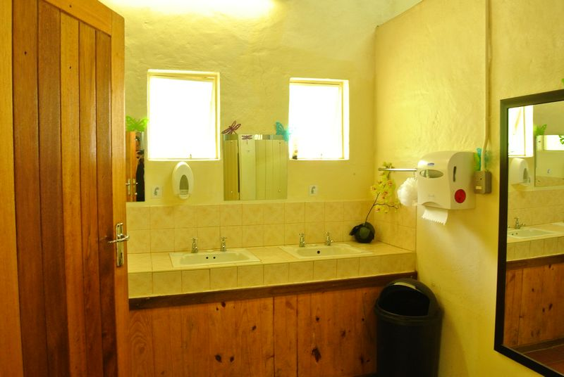 country - Bathroom Cabinets Kzn